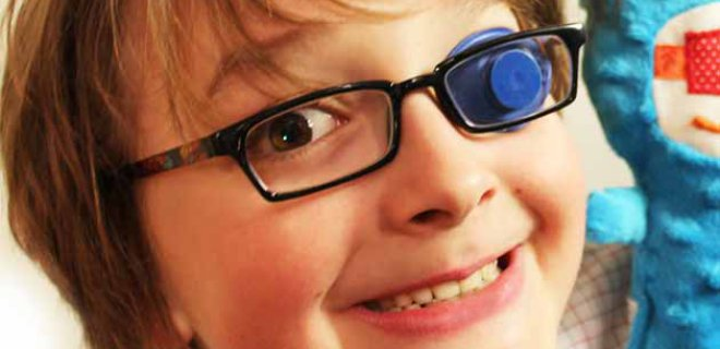 What Are The Symptoms Of Amblyopia