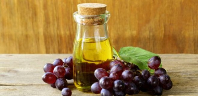 Grape Seed Oil Benefits For Hair