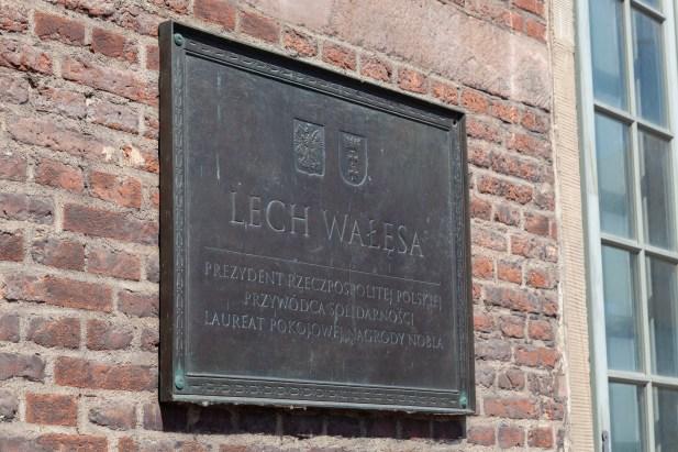 Lech Walesa Sign