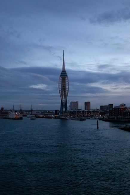 Spinnaker Tower, Dawn