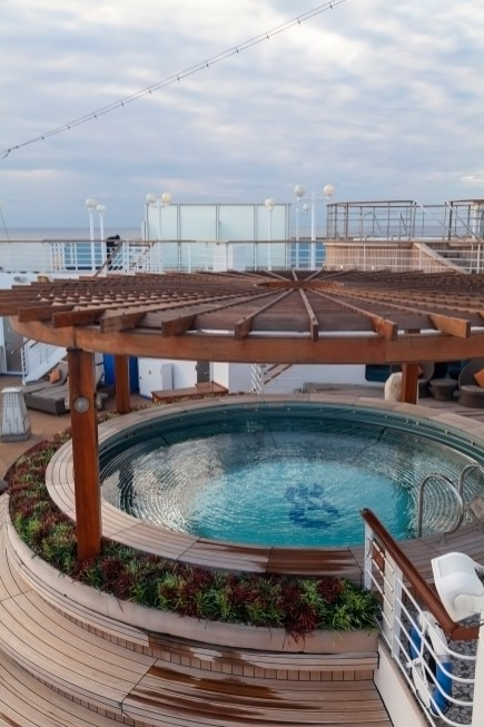 Diamond Princess Japanese Spa Pool