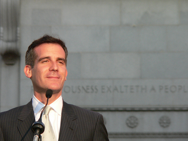 L.A. Mayor Eric Garcetti hopes to raise minimum wage in the county to $13.25 per hour through 2017. (Flickr)