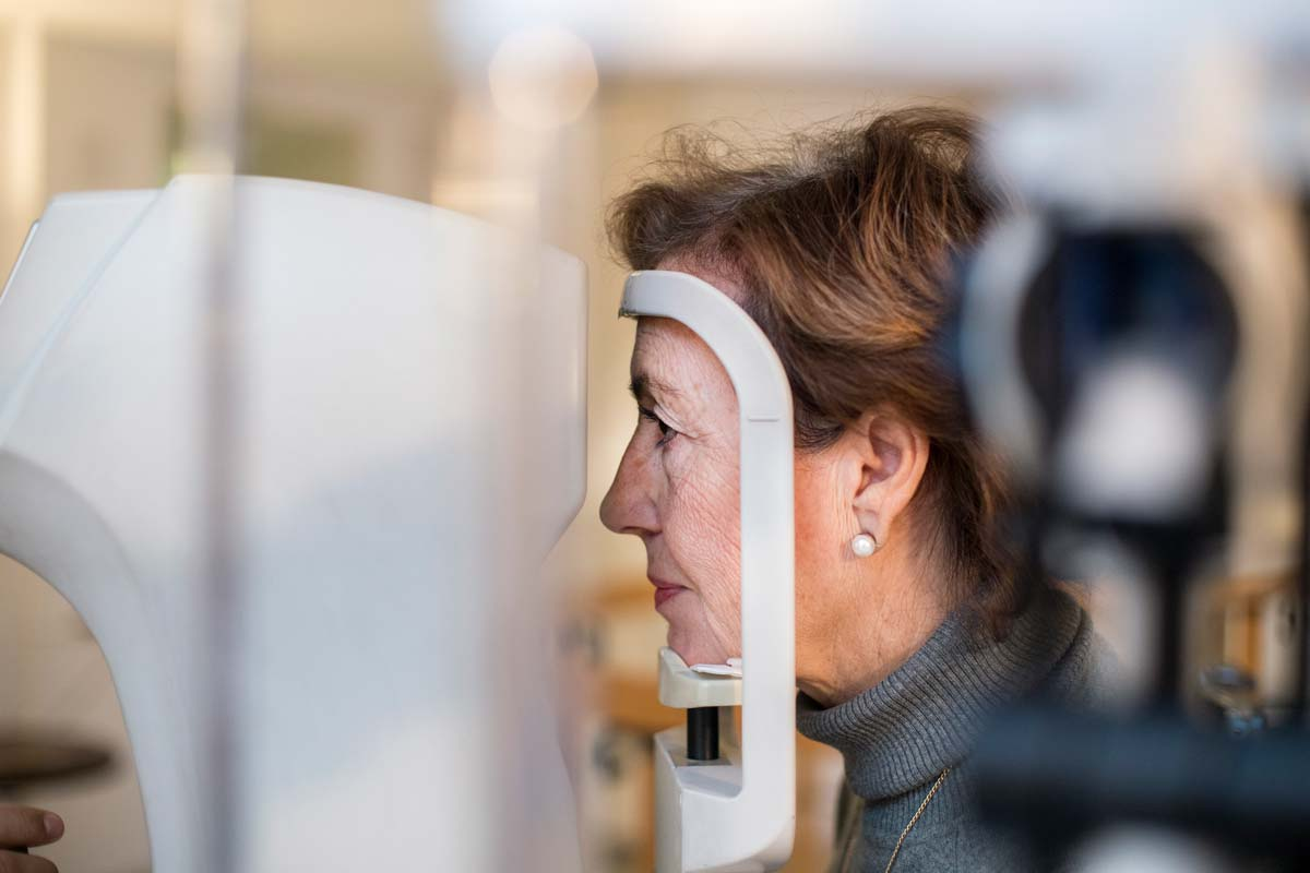 Iniezioni intravitreali farmaci anti vegf - Neovision Cliniche Oculistiche