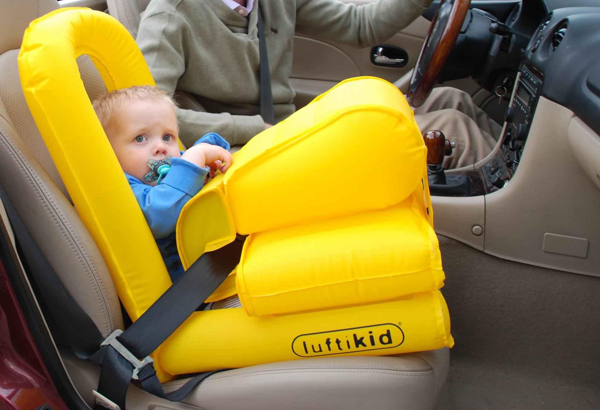auto gonflable qui agit comme un airbag