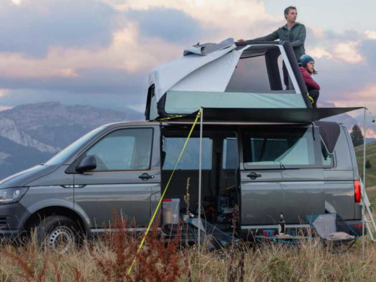 Decathlon Quechua Devoile Une Etonnante Tente De Toit Gonflable Pour Camper Sur Son Vehicule Neozone