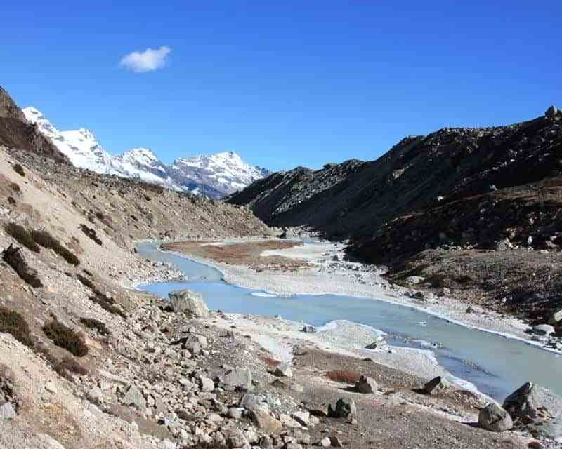 River and landscapes on the way to Makalu Base Camp