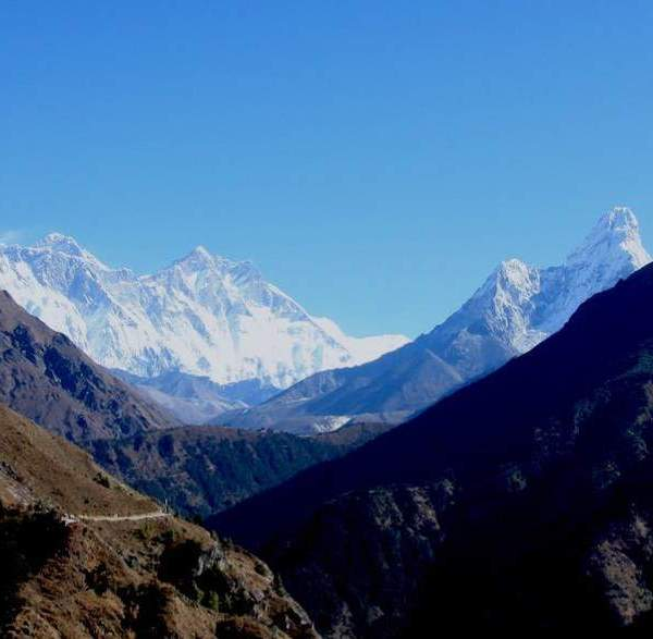 Glimpse of Everest Trek