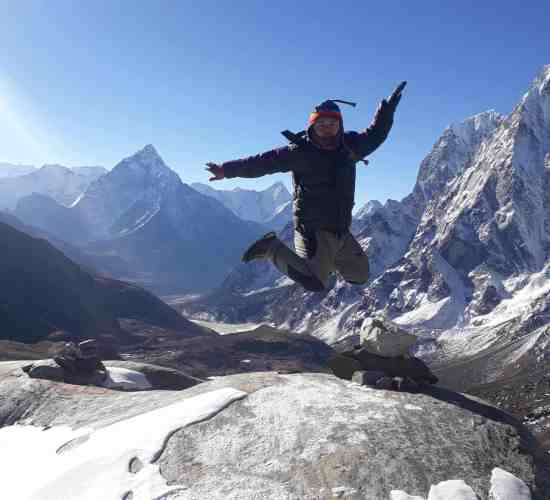 hiking to everest base camp