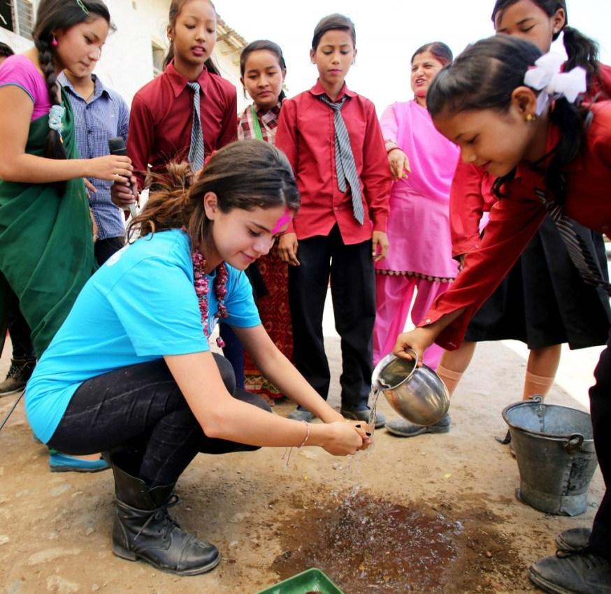 selena-gomez-unicef-nepal-5