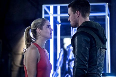 Felicity giving Ollie some necessary real talk about his grieving process. [arrow-hq.com]