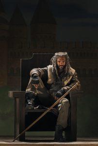 Khary Payton as Ezekiel- The Walking Dead _ Season 7, Episode 3 - Photo Credit: Gene Page/AMC