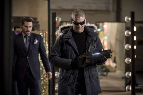 "Captain Cold returns in ""New Rogues"" (Source: The CW)"