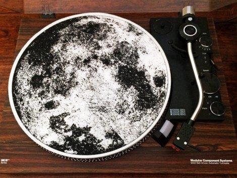 moon-slip