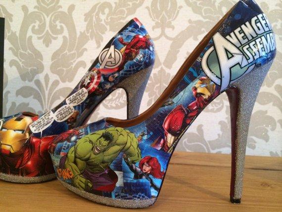 12 scarpe Avenger
