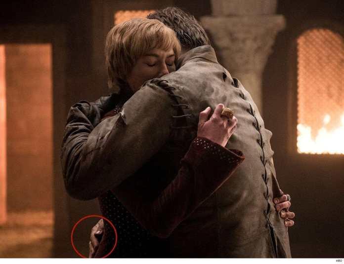 Il Trono di Spade 8: Jaime e Cersei Lannister, dove è la mano dorata? Errore 8x05 (Credits: HBO)