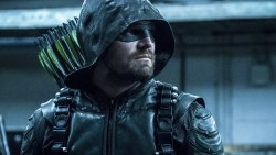 Arrow: Stephen Amell sta per dire addio a Green Arrow!