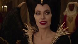 Maleficent - Signora del Male: Disney rilascia tre clip del film in uscita domani