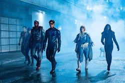 """Titans 2x13: immagini e sinossi di """"Nightwing"""" mostrano lo scontro tra Deathstroke e i Titani"""