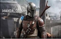 Star Wars: The Mandalorian,  da Hot Toys l'action figure tratta dalla serie Disney+