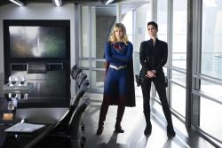 """Supergirl 5x10: le immagini tratte dall'episodio """"The Bottle Episode"""" mostrano il ritorno di Lex Luthor"""