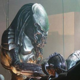 The Predator – Il reboot diretto da Shane Black si mostra in un trailer