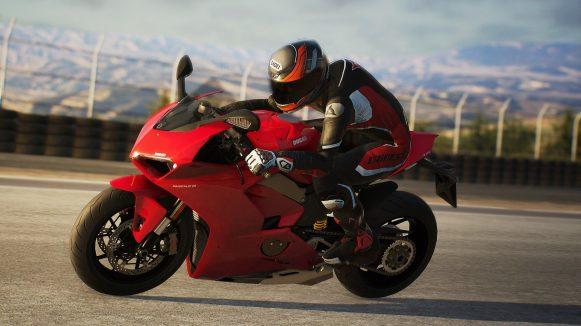 DucatiPanigaleV42017-LagunaSeca-03