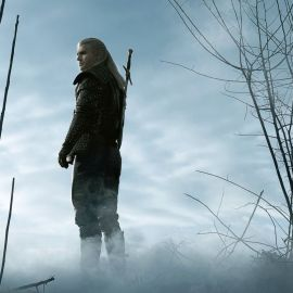 La serie The Witcher di Netflix si mostra con un trailer al Comic Con