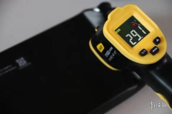 Valve-Steam-Deck-Handheld-Console-Temperatures-_2