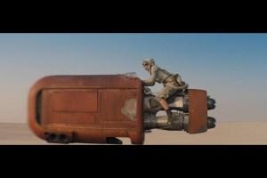 Rey (Daisy Ridley) on the speeder