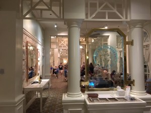 Dining at Disney: Grand Floridian Cafe
