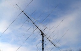 """RQ-84 – The classic """"Quad"""" full-size has ten elements for 10m, eight – 15 m, six – 20 m, and four full-size elements on 40m band"""