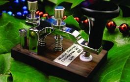 Morse Express Christmas Key by N1FN