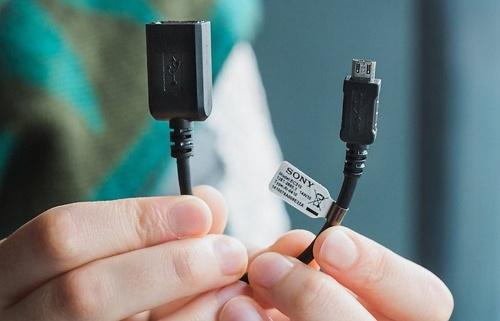 fungsi kabel USB OTG