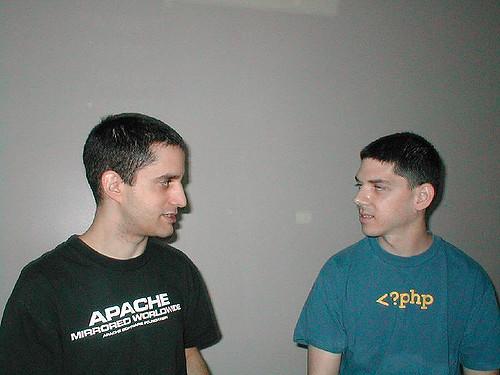apa itu PHP?
