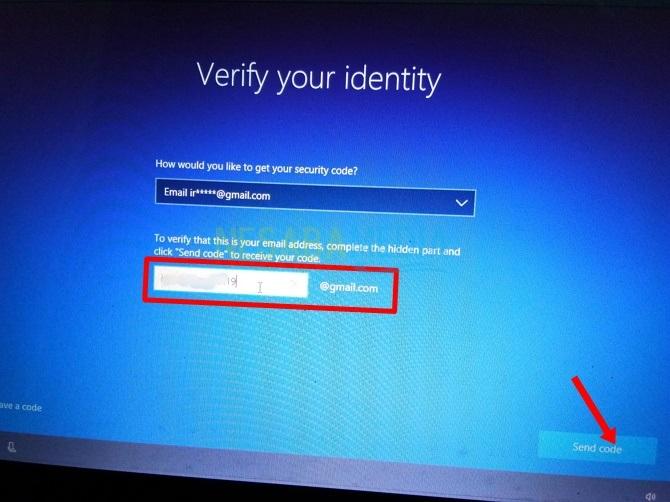 Microsoft akan mengirimkan kode ke email Anda