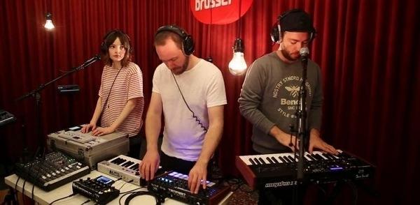musik elektronik