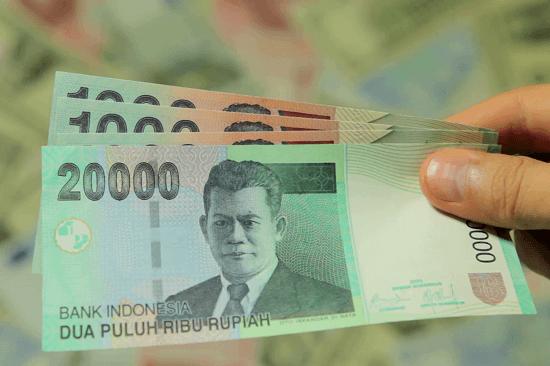 Money (uang)