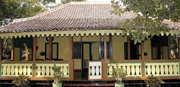 Betawi Traditional House (Kebaya)