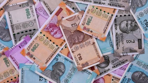 Jenis-jenis Uang Berdasarkan Kawasannya