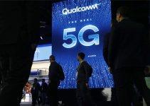 Spanduk iklan 5G Qualcomm di CES Internasional 2029 di Las Vegas, Amerika Serikat