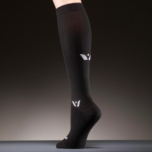 aspire-twelve-black-compression-socks-9650lar