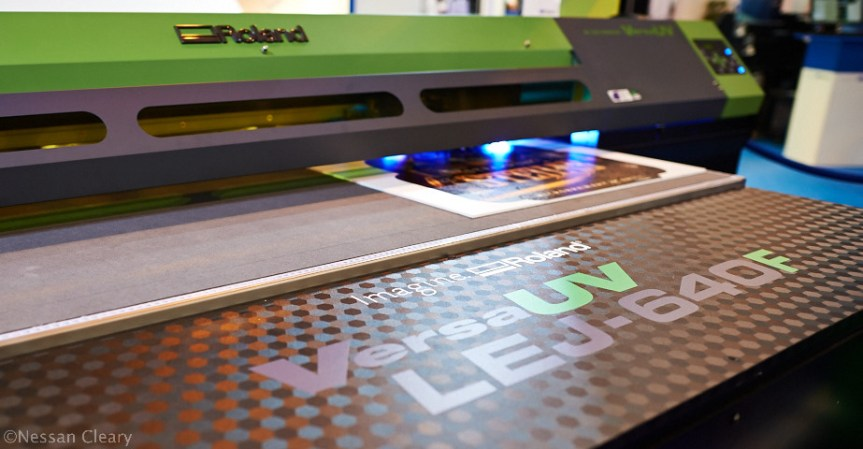 Roland's new flatbed, the LEJ-640F.