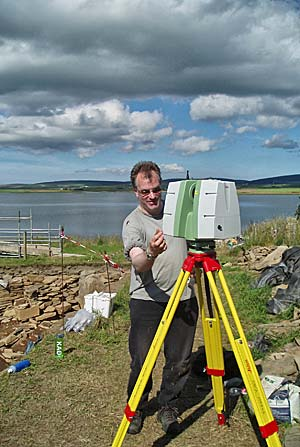 Mark Littlewood of ORCA Marine completes a new laser scan of Structure Ten.