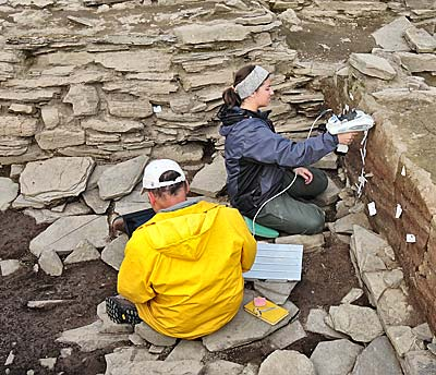 Scott and Julia XRFing the midden baulk south of Structure One.