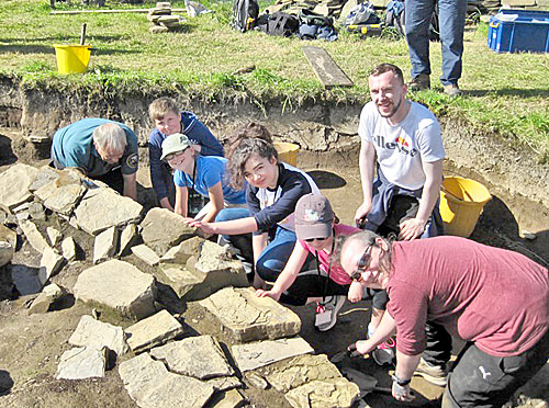 The first happy contingent of the Excavation Club on site today.
