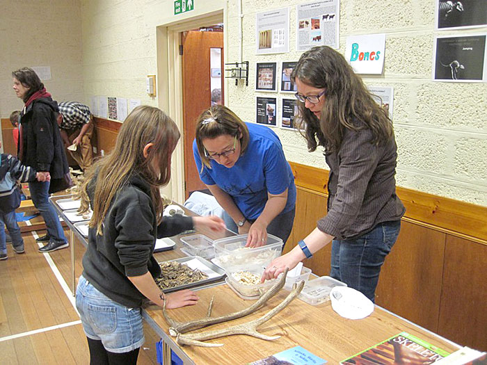 Sarah-Jane Gibbon and Jen Harland were on hand to identify the types of bone found at the Ness.