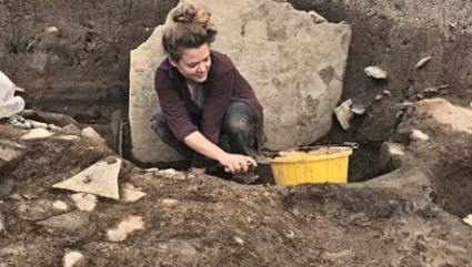 Dig Diary Extra – Trench X pottery spread – The Ness of Brodgar