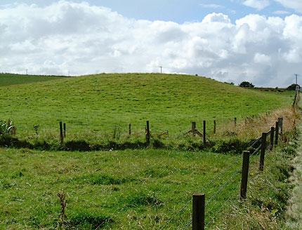 Little Barnhouse mound. (Sigurd Towrie)