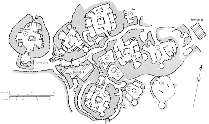 Plan of Skara Brae with the position of Clarke's two excavation trenches in 1972-1973 marked. (Clarke, D.V. (1976) The Neolithic Village of Skara Brae, Orkney: 1972–1973 Excavations. An interim report. HMSO: Edinburgh.)
