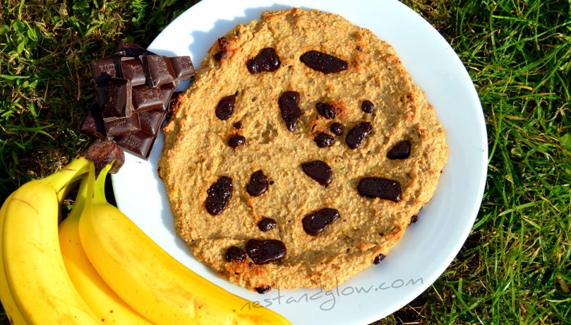 3 ingredient giant chocolate chip cookie recipe